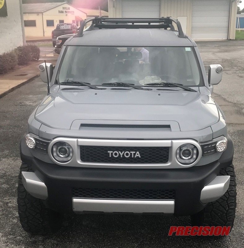 2014 Toyota FJ Cruiser Gets Roof, Wheel, Tire, and Lift Kit